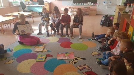 Ogólnopolski Dzień Głośnego Czytania w grupie 5 i 6-latków