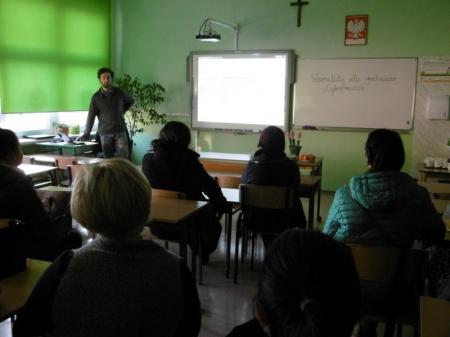 Warsztaty dla rodziców - Cyberprzemoc i uzależnienia od mediów