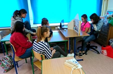 Teatrzyk Kamishibai na lekcji bibliotecznej