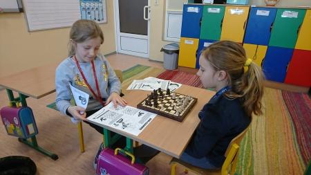 Zajęcia szachowe w klasie pierwszej
