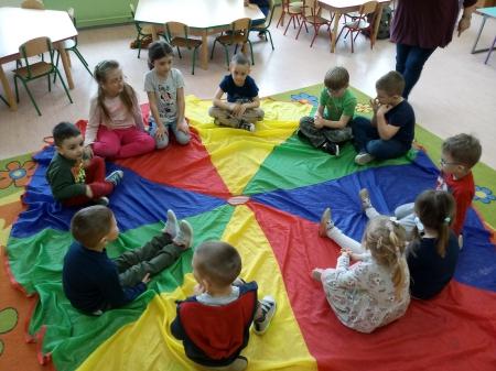 Popołudniowe zabawy w grupie 3-4 latków