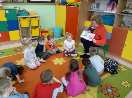 ''Czytamy dzieciom''