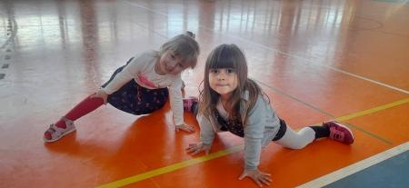 Zabawy ruchowe w grupie 3-4 latków